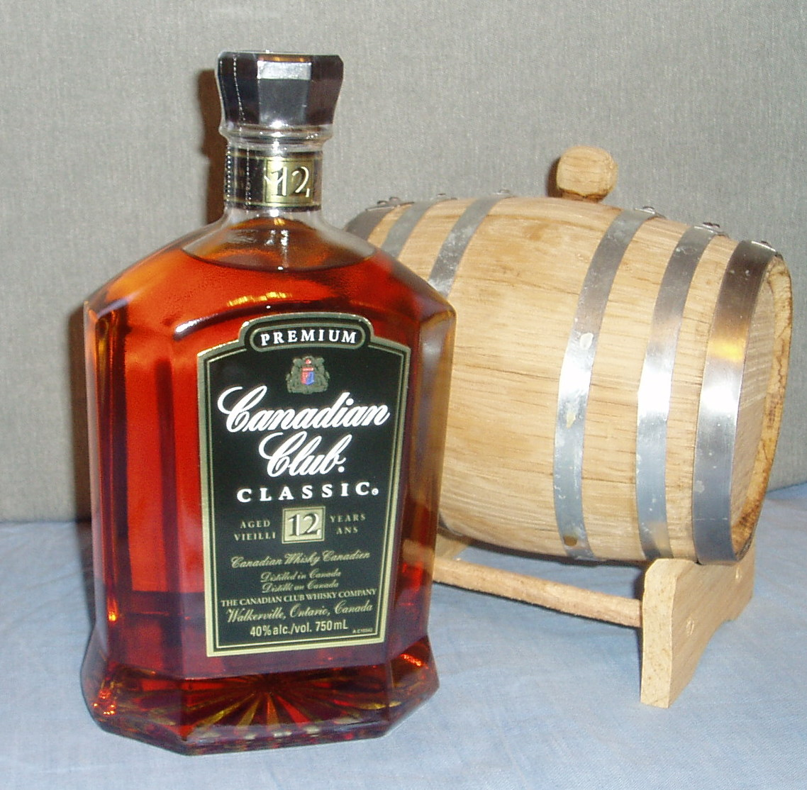 how to drink canadian club reserve