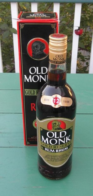 SAM_0958 Old Monk Gold Reserve Rum