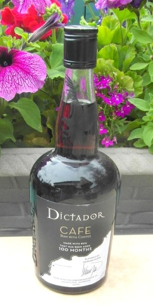 Dictador Cafe SAM_2681